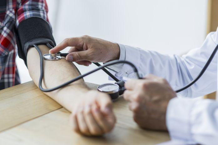 11 راه چاره برای مقابله با پرفشاری خون
