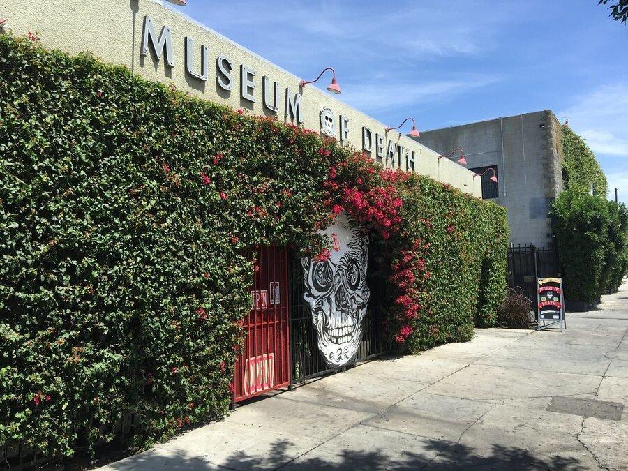 موزه مرگ کجاست؟ ، صاحبان موزه: زمانی خوشحالم که بازدیدکنندگان خودشان را خراب کنند!