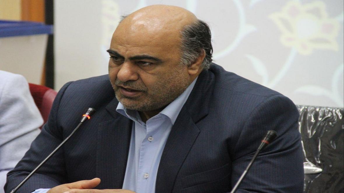 ممنوعیت ورود مسافران از استان های آلوده به قزوین ، مردم از تردد در مراکز عمومی خودداری نمایند