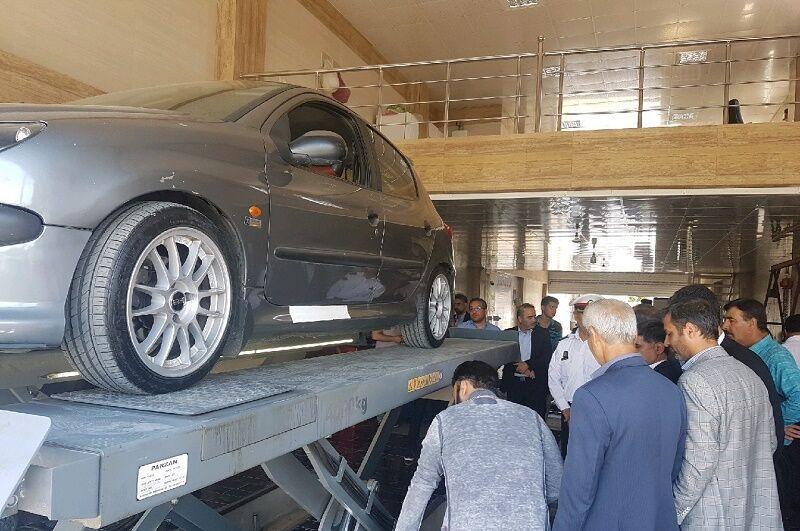 خبرنگاران رییس پلیس راهور خوزستان: الزام به تمدید معاینه فنی لغو شد