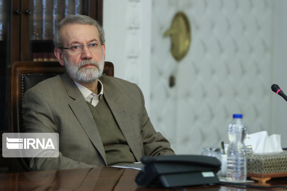 خبرنگاران مقامات سیاسی و لشکری برای لاریجانی آرزوی بهبودی کردند