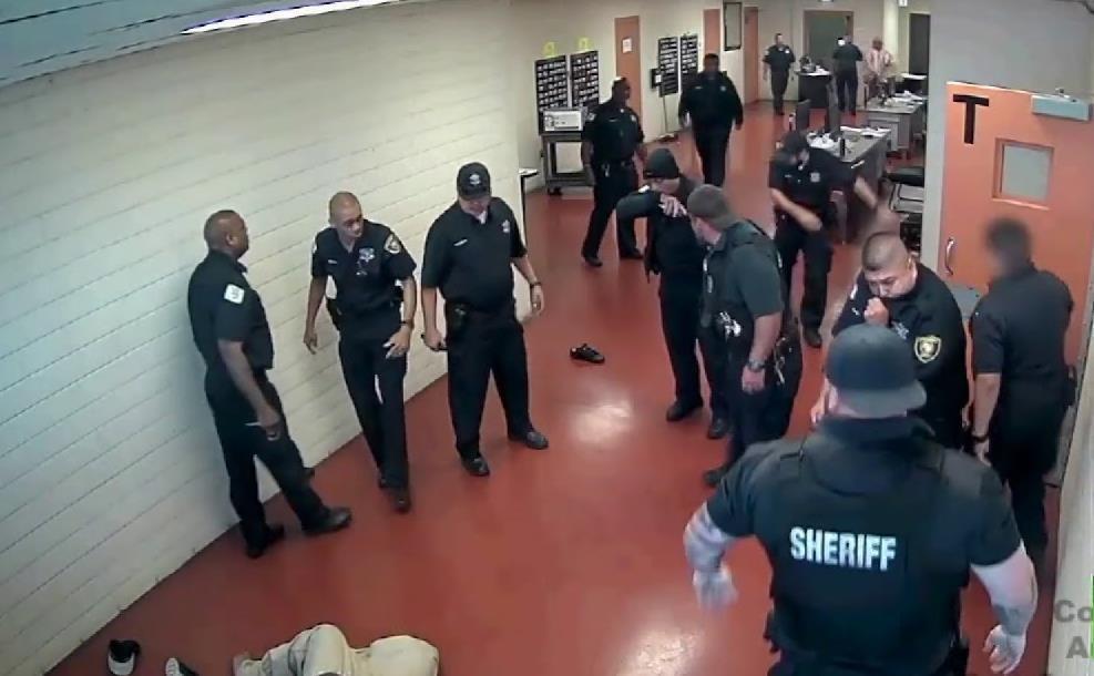 شورش مرگبار در زندان های آمریکا به دنبال شیوع کرونا