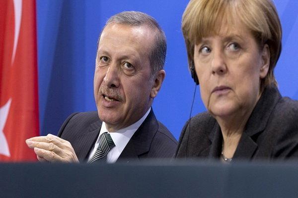 اردوغان بر لزوم اجرای قطعنامه های سازمان ملل در قره باغ تاکید نمود