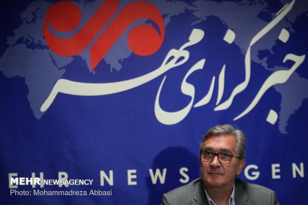 مذاکره ای با فدراسیون فوتبال ایران نداشتم، تا 2022 در عمان هستم