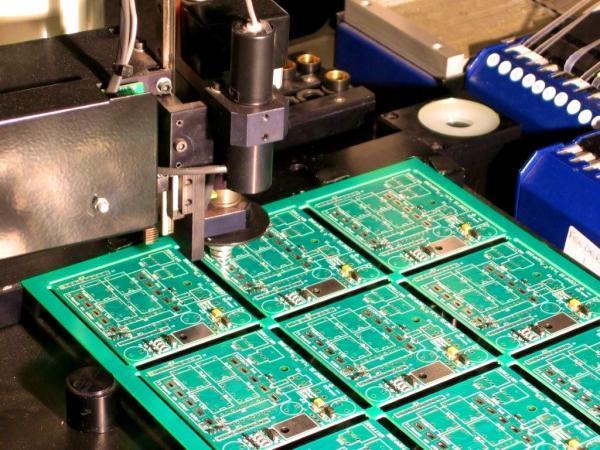 فراوری ادوات الکترونیک کوچک، اما پیچیده قوت گرفت