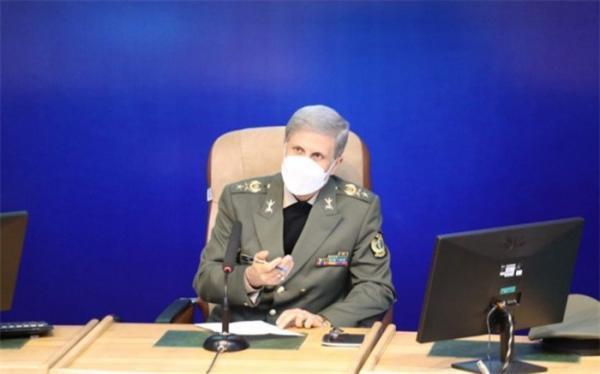 وزیر دفاع: پیغام ایران به همسایگان صلح، دوستی و امنیت است