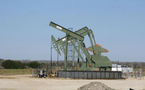 روز های خوش نفت ادامه دارد، فاصله اندک قیمت نفت برنت تا 75 دلار