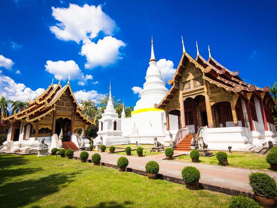 معبد Wat Buakkhrok Luang